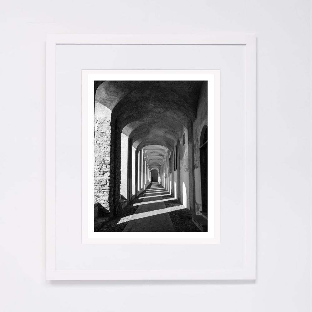 white-frame_5.jpg
