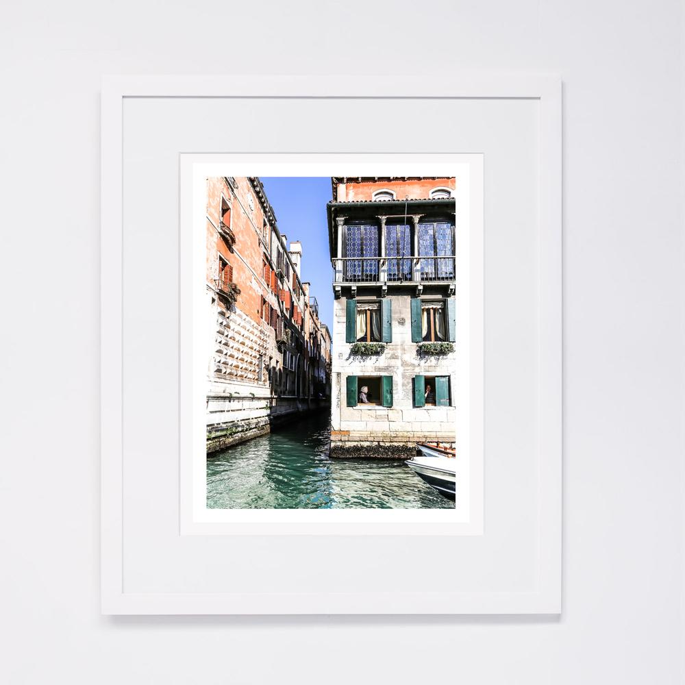 white-frame_7.jpg