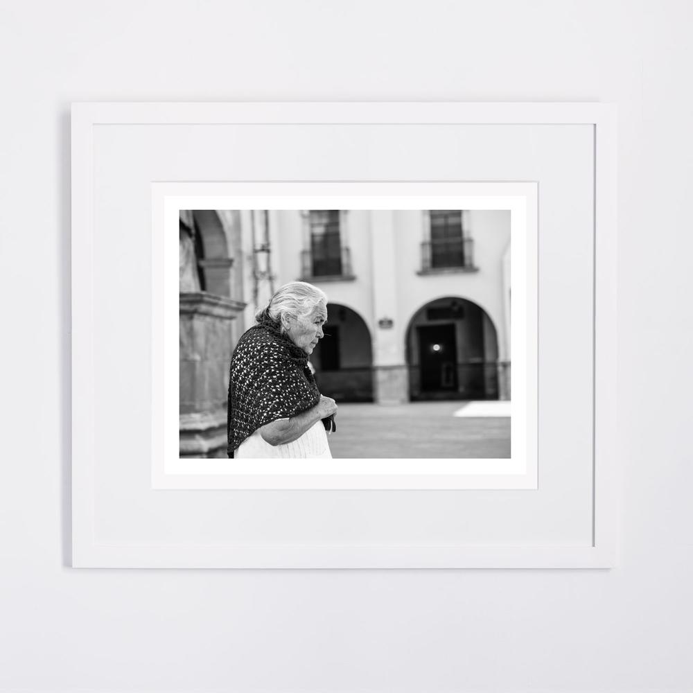 white-frame_14.jpg