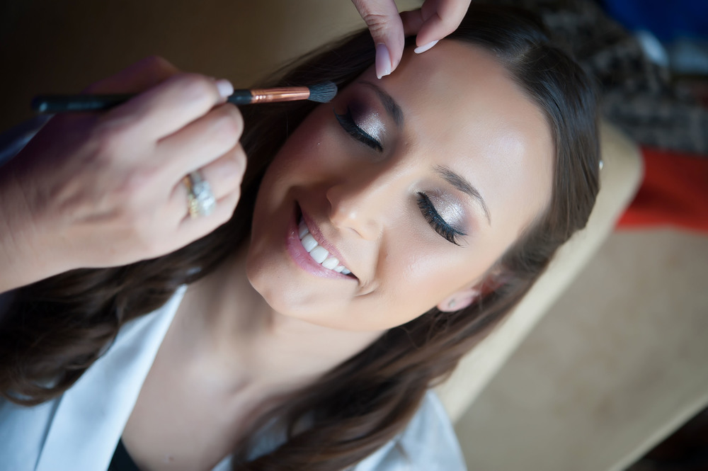I cannot say enough great things about Eyecon Makeup the wonderful Allyson does some amazing work. I have worked with Allyson at  several weddings she truly is a delight to work with and not to mention she knows how to bring your beauty to life.  Let her know Yolanda Hill Photography sent you.  www.eyeconmakeup.com   Click on the image to visit Eyecon Makeup