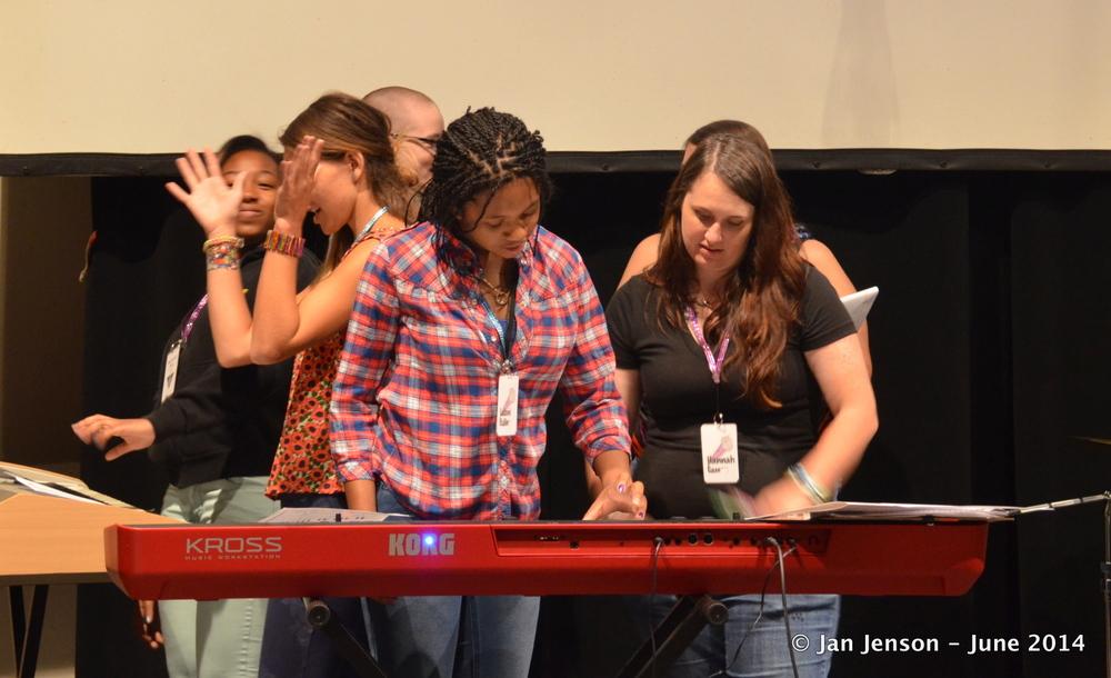 Hannah teaching keys and joy!