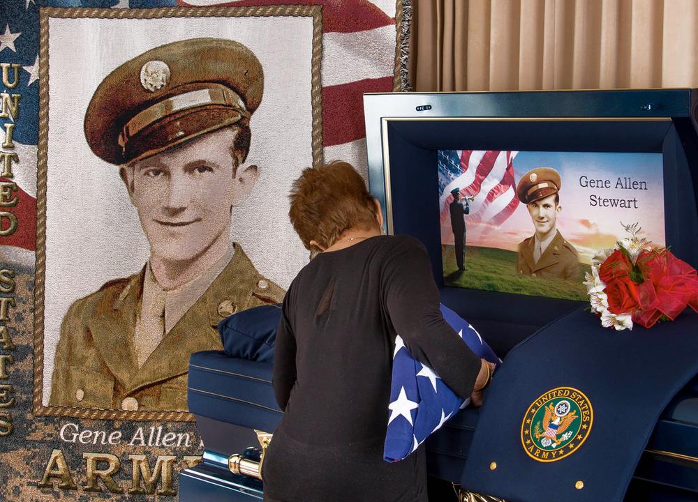 American-Flag-Veteran-Funeral-Blanket.jpg