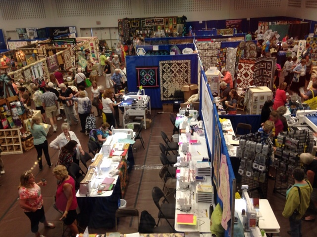We had a great day today at the quilt show. It was really nice to meet up with old friends. The shopping was great too.