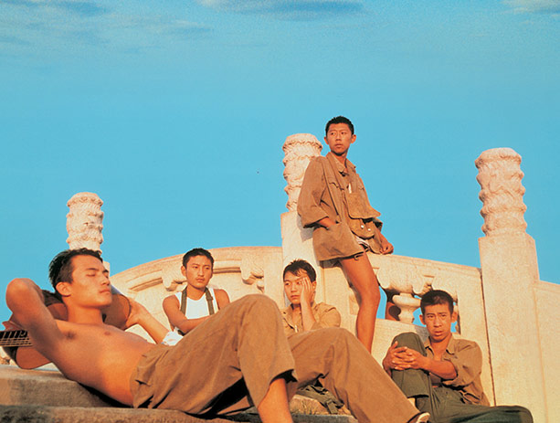 In the Heat of the Sun , Jiang Wen (1994)