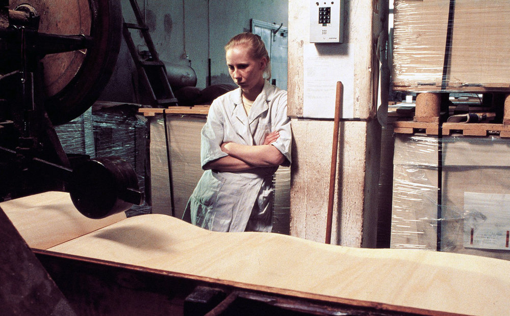 The Match Factory Girl , Aki Kaurismäki (1990)