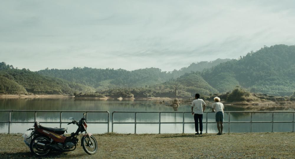 Manta Ray , Phuttiphong Aroonpheng (2018)
