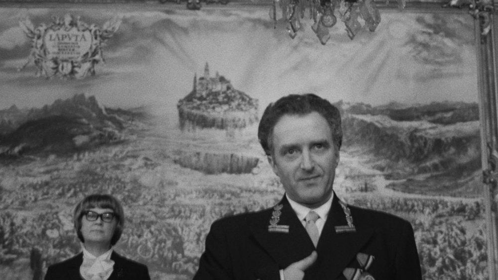 Case for the New Hangman , Pavel Juracek (1969)