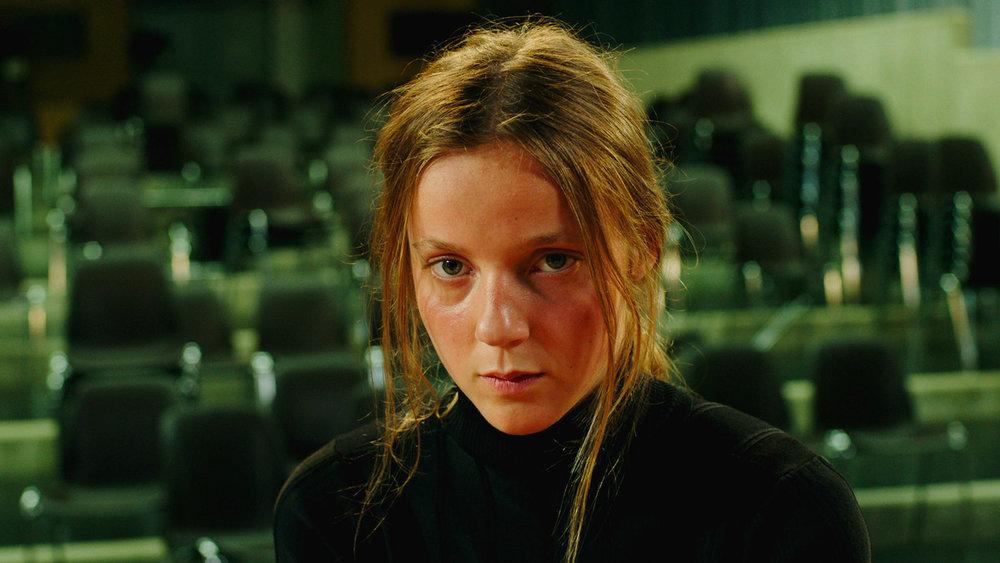 Sarah Plays A Werewolf  , Katharina Wyss (2017)