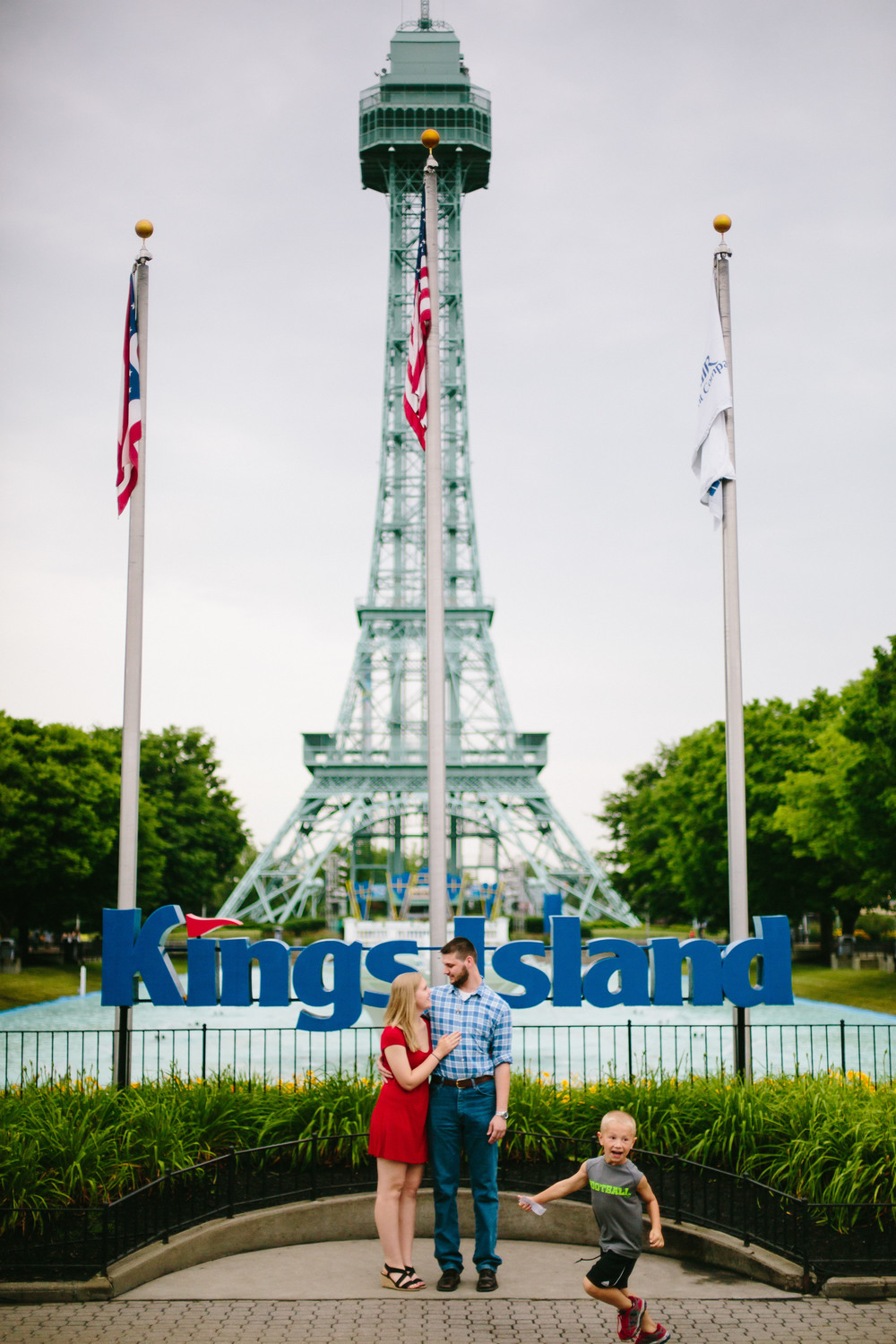 Kings Island-Leanne & Wayne-Corrie Mick Photography-4.jpg