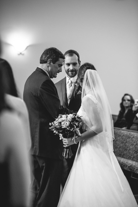 Jacob & Bonnie - Corrie Mick Photography-423.jpg