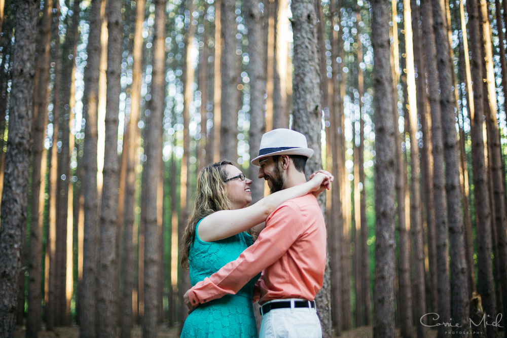 Oak Openings MetroPark Ohio - Peter and Rachel Engaged - Corrie Mick Photography-8.jpg