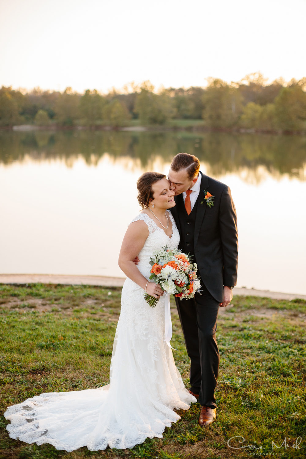 Lake Lyndsay Wedding - Portland, Oregon Photographer - Corrie Mick Photography-414.jpg