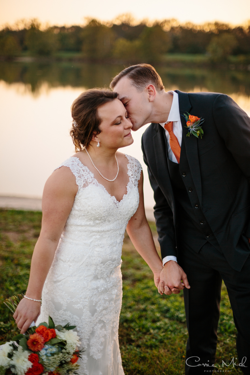 Lake Lyndsay Wedding - Portland, Oregon Photographer - Corrie Mick Photography-458.jpg
