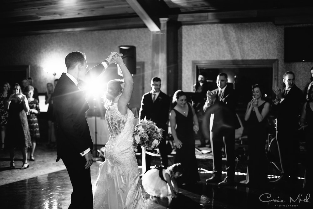Lake Lyndsay Wedding - Portland, Oregon Photographer - Corrie Mick Photography-526.jpg
