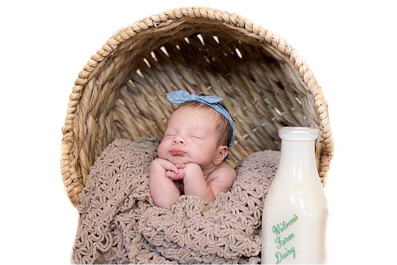 concord nh newborn photographer_adriennejeanne.com_adriennejeannephotography_newbornphotographer07.jpg