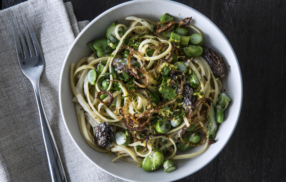 Pasta Primavera with Crispy Onion Gremolata