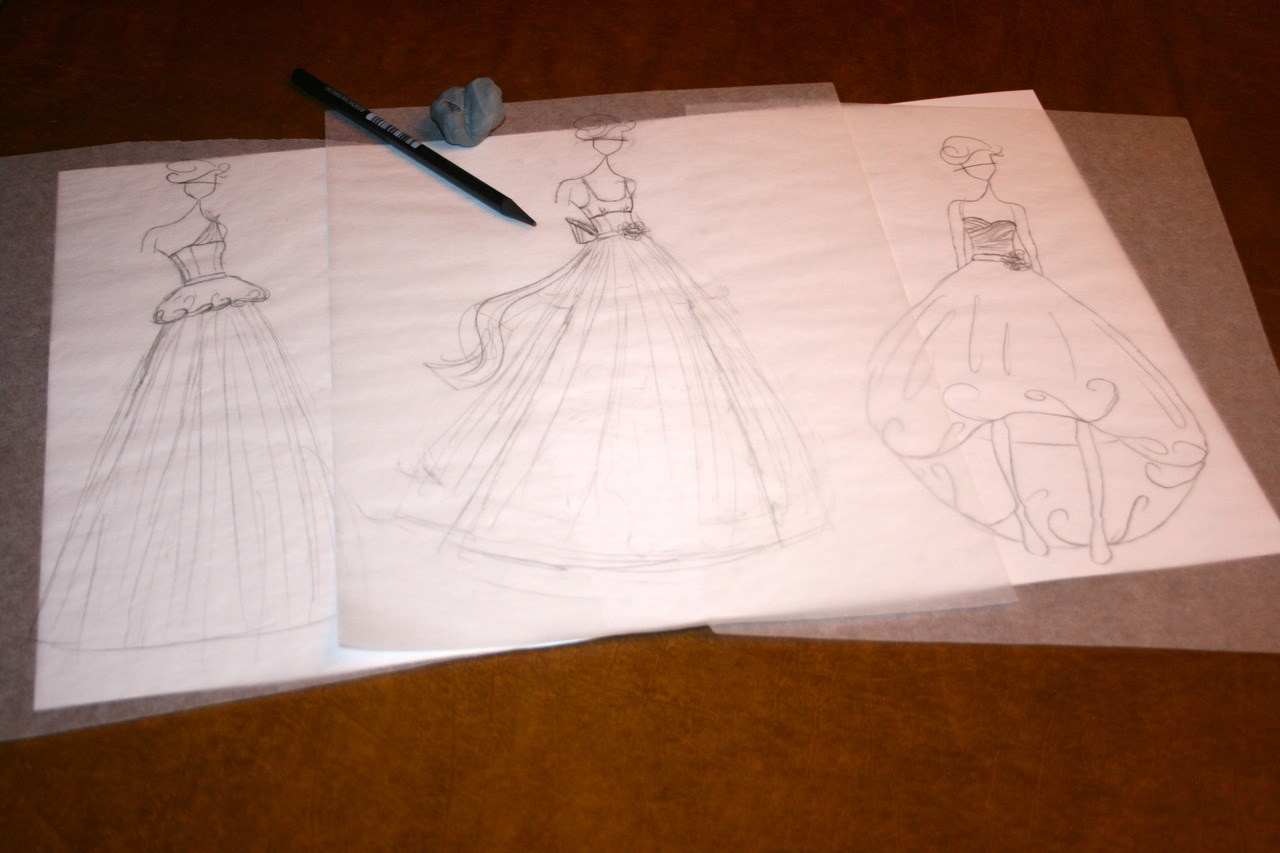 decided to do some sketching. haven't done it in a long time. in the mood for bridal apparently.