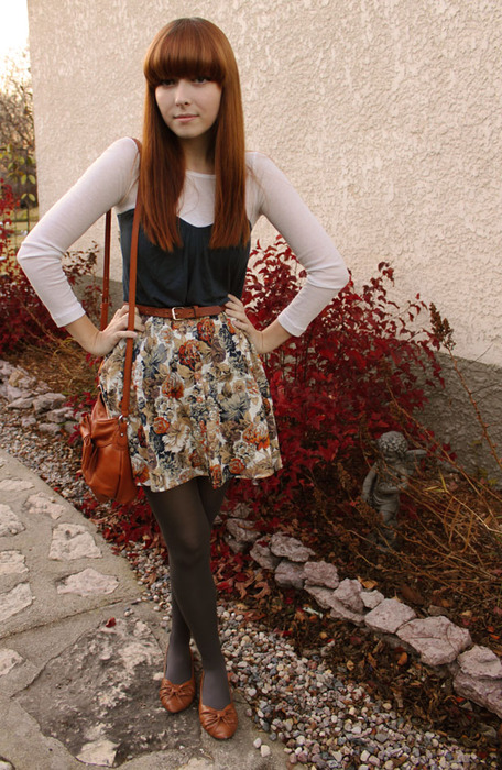 eightbiscuits :      http://leflattery.blogspot.com      hey look! The same skirt as I wore in my  outfit post  today!