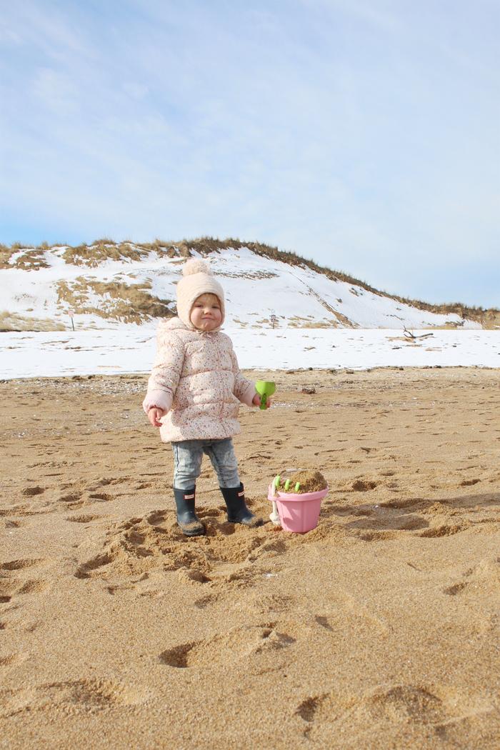 snowandsand10.jpg
