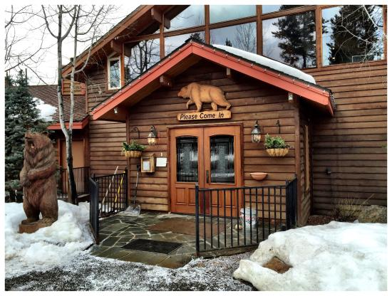 bear-creek-lodge.jpg
