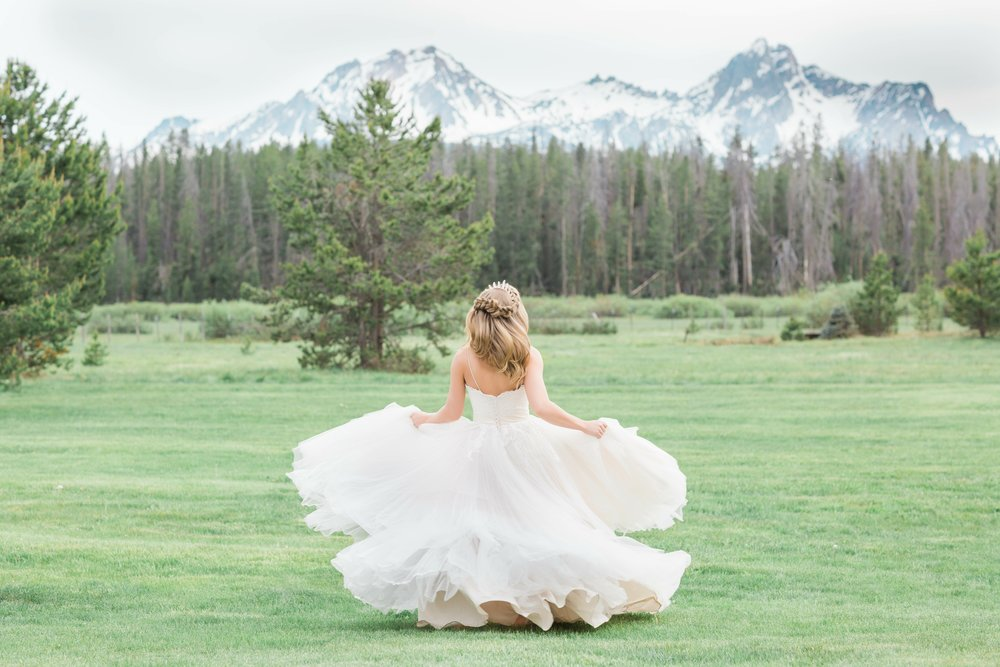 Parting shot idaho wedding