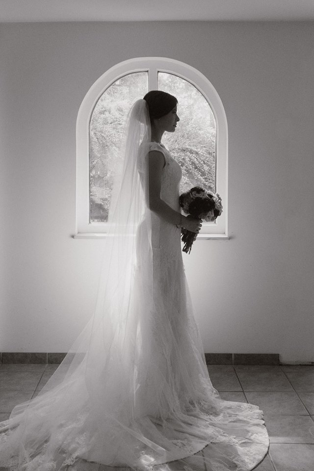 bride in the Palouse