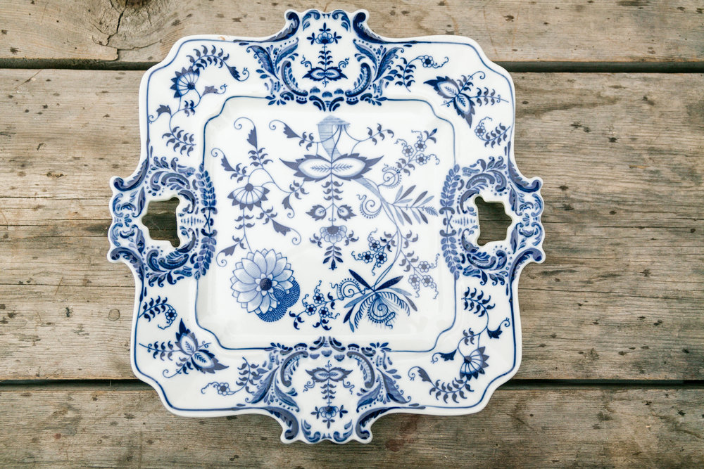 delft dutch dinnerware