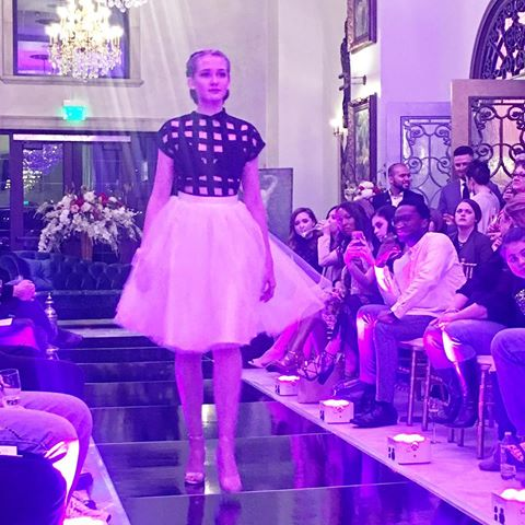 tylespygirlLast shot from the Belles & Beaux Fashion Show: my favorite edgy look from @swankgirl & @blisstulle. Cage top + tutu, OMG! 😍❤ #bellesandbeaux#weddingshow #runwayshow#chateaudesfleurs #wedding #swankgirl#cageshirt #tutu #catwalk #model#tatumproductions #idowed #blisstulle