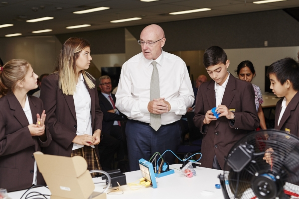 Professor Glover and students from Fairvale High School