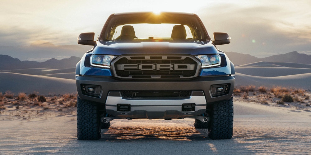 2018-Ford-Ranger-Raptor-Raptor-Stills_Outdoor_4__print.jpg