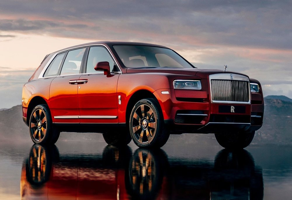 Rolls-Royce-Cullinan-2019-1280-01.jpg