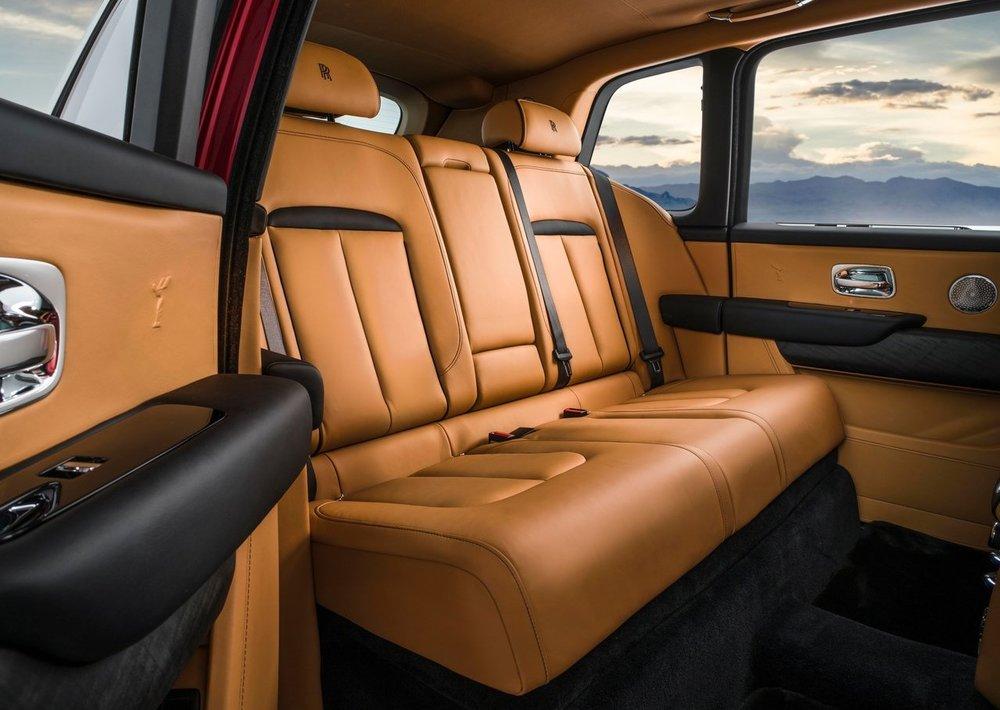 Rolls-Royce-Cullinan-2019-1280-19.jpg