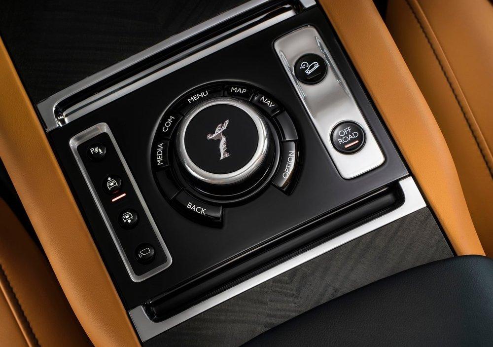Rolls-Royce-Cullinan-2019-1280-1c.jpg
