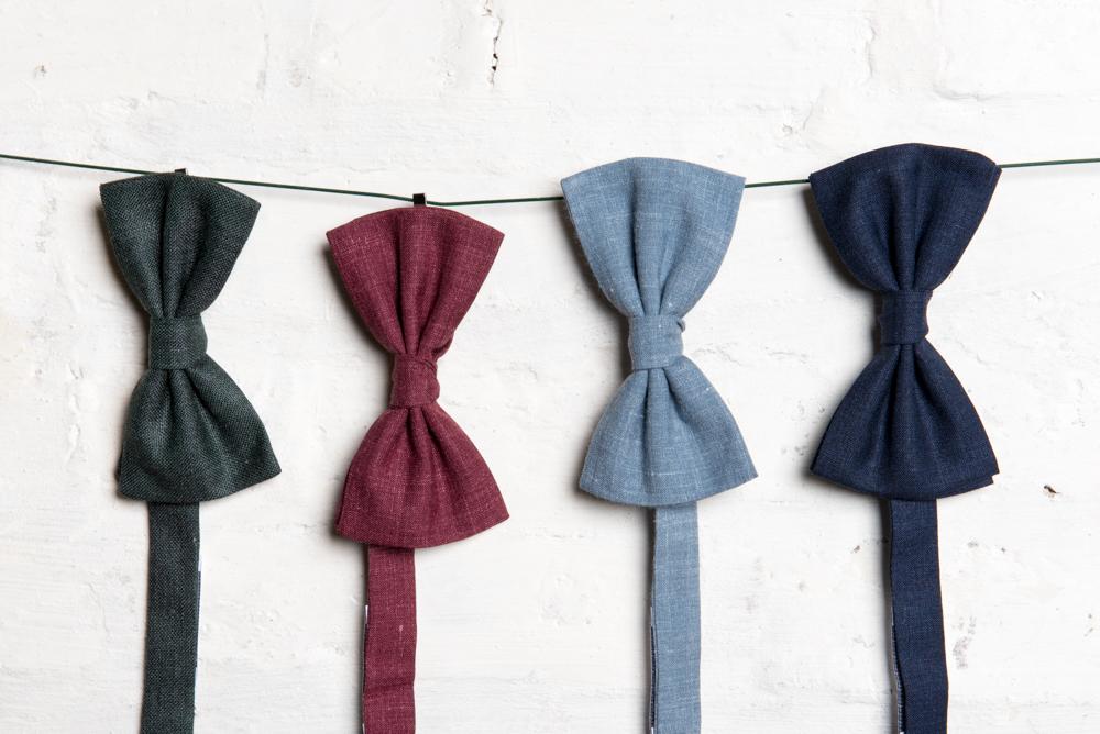 Une texture unique - Nous avons sélectionné ce blend de la prestigieuse Maison Vitale Barberis Canonico car il est idéal en toutes saisons. La laine et la soie assurent en effet un toucher agréable tandis que le lin apporte relief et légèreté.Les cravatesNotre atelier
