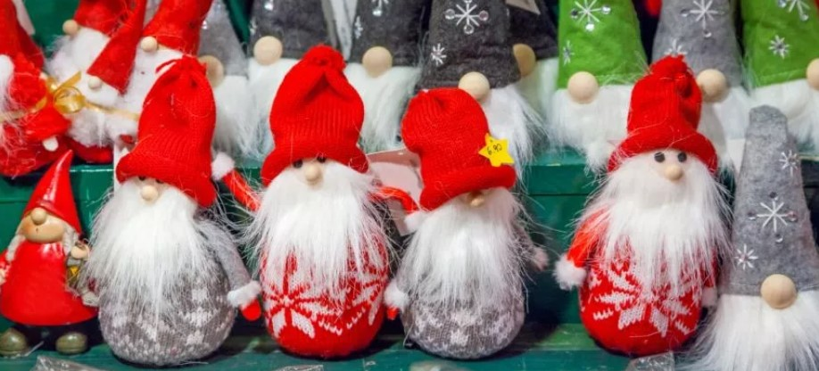 MONA VALE CHRISTMAS MARKET.jpg