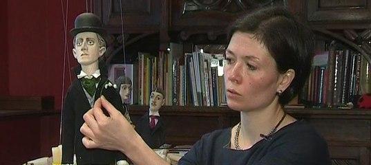 Аня Викторова с Мандельштамом.jpg
