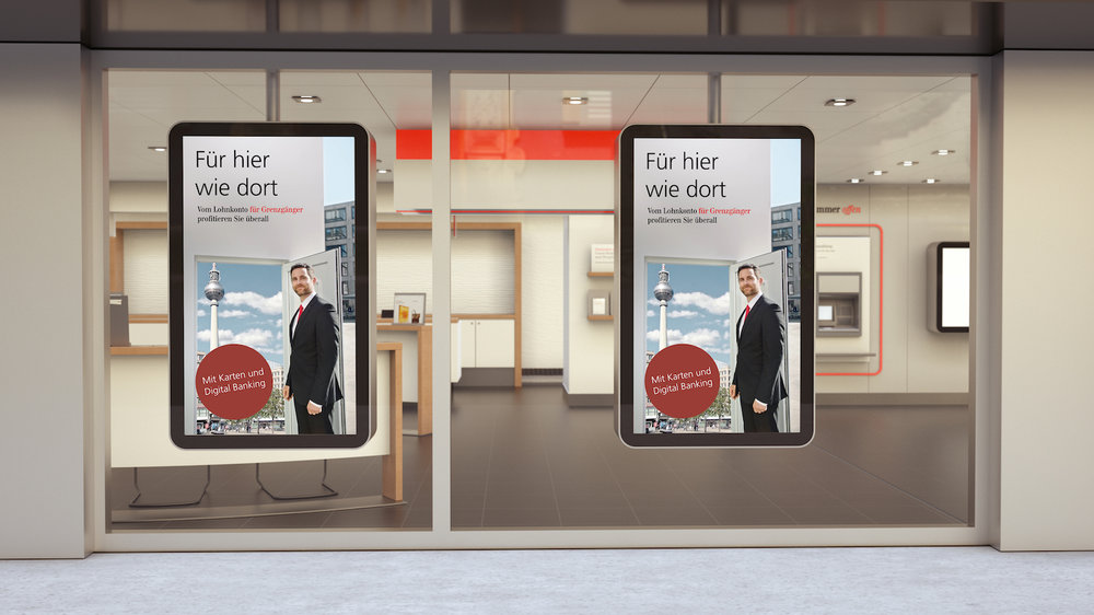 UBS e-Screen Schaufenster Zone 03.jpg