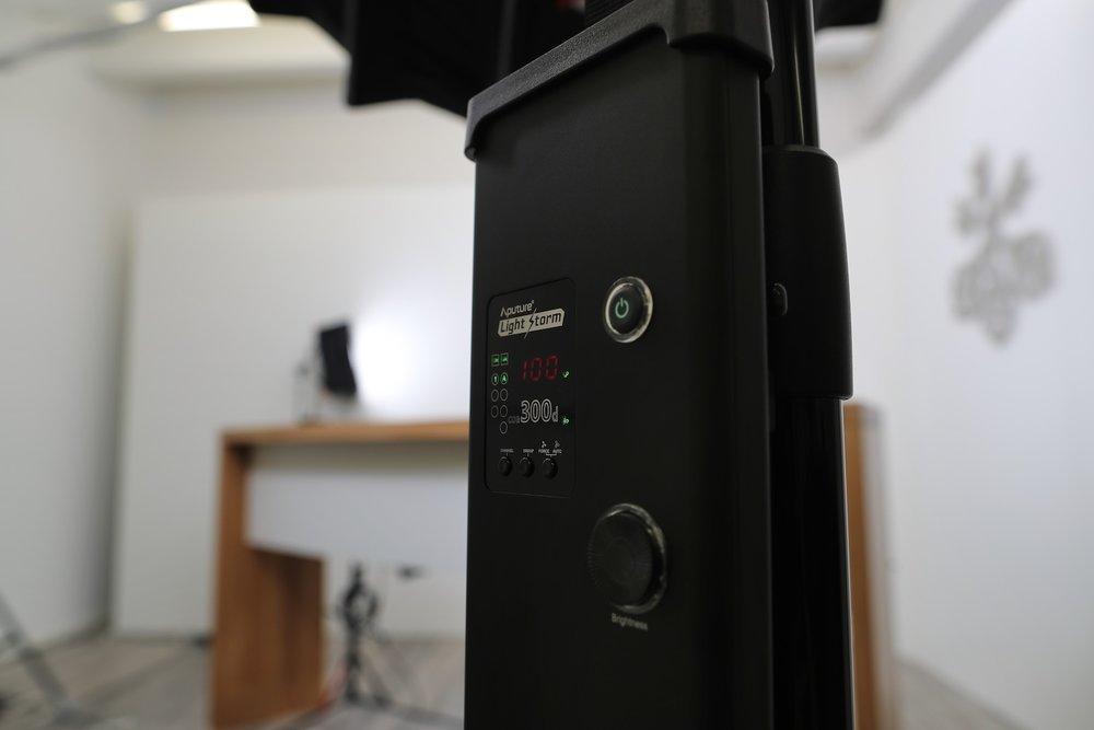 Filmstudio-generation_y_04.jpg