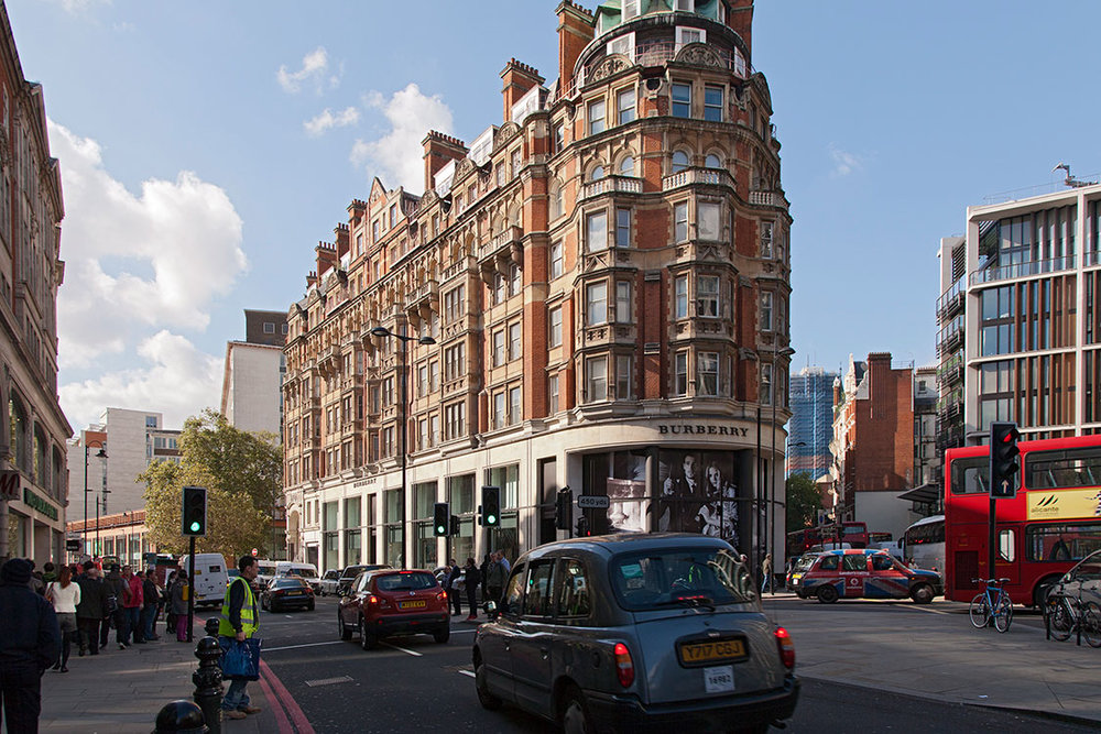 Brompton Road, Knightsbridge, London 2012