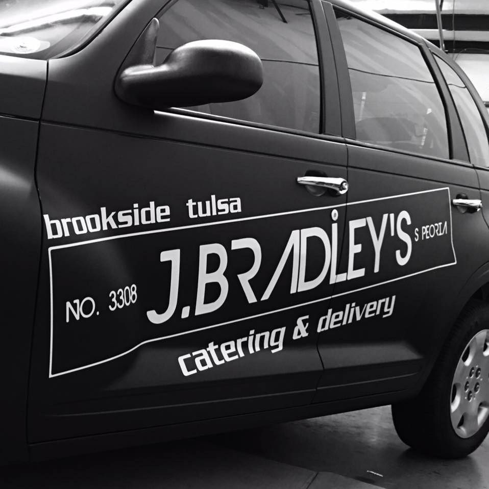 J. Bradley's // 33rd & Peoria (Brookside)