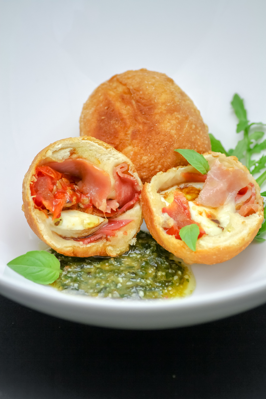 Boules de pizza frites jambon, tomate, mozzarella base 2-1 Mon choix.jpg