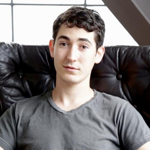 Blaine Miller: Actor, Correspondent