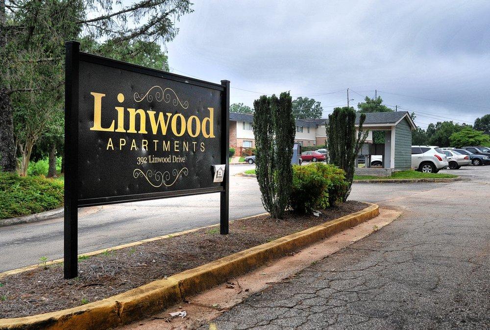 Gainsville Times_Linwood.jpg