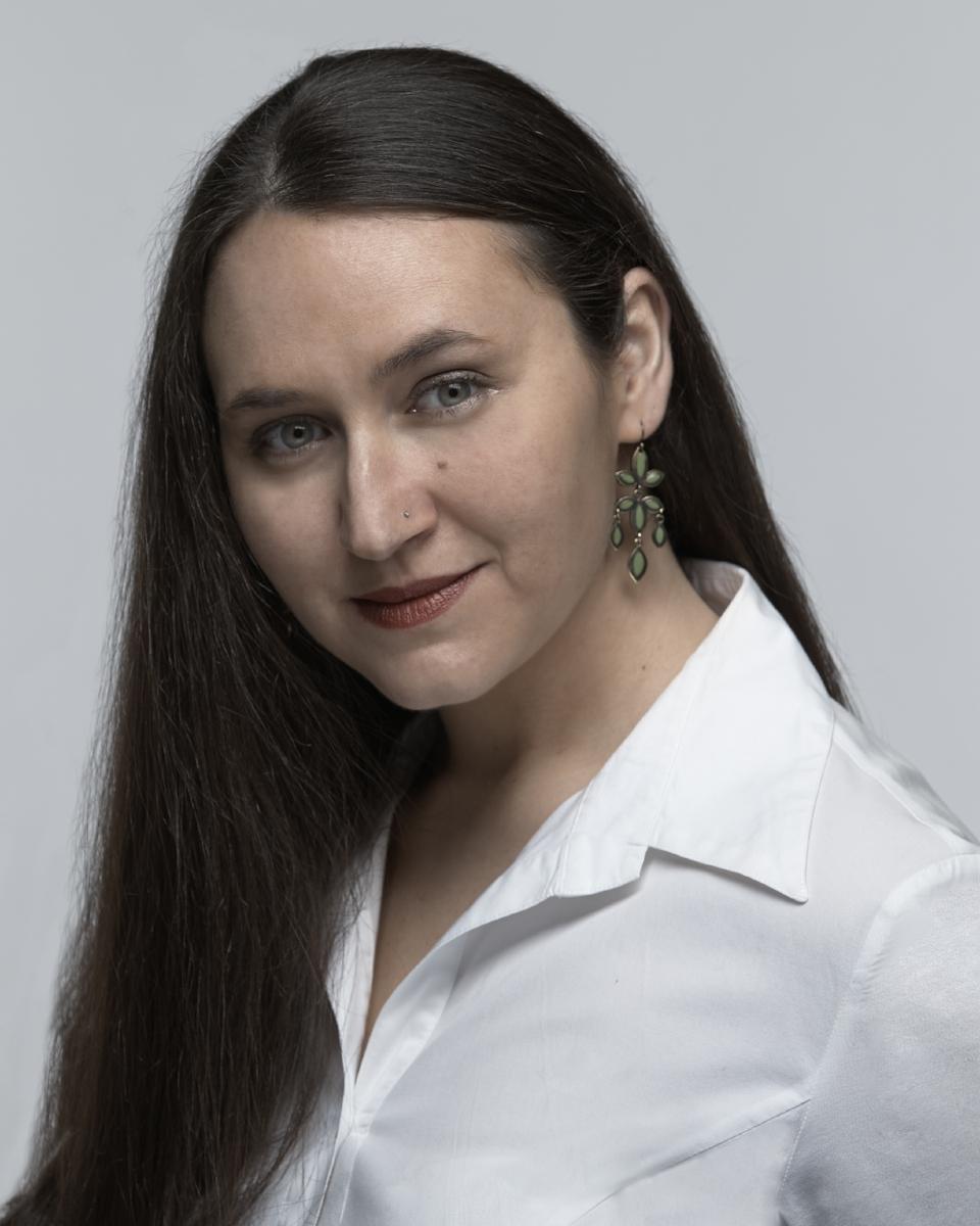 Nina Spinner Contralto