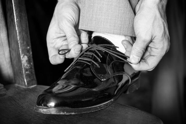 Tying Shoes.jpg