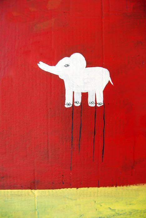 nellascanellas :     Un elefante blanco…