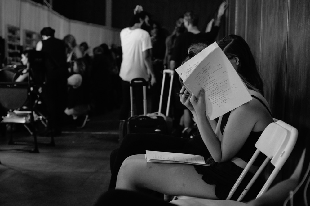 Oh how beautifully LA. In New York where girls were studying for their mid terms, here spotted is a girl studying her lines for her audition tomorrow... The never ending differences between the two cities...