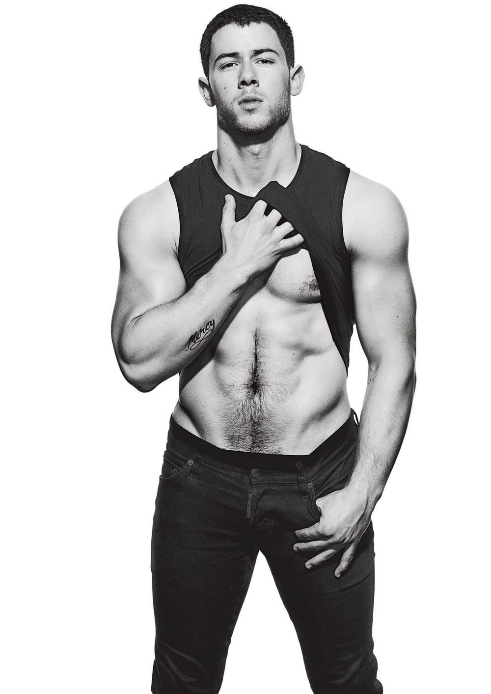 MENS-FITNESS-Nick-Jonas-by-Peter-Yang.-December-2016-www.imageamplified.com-Image-Amplified6_thu.jpg