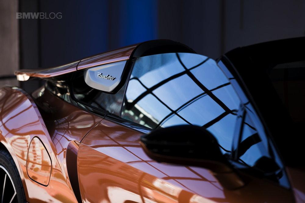 2018-BMW-i8-Roadster-18.jpg