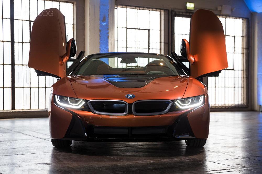 2018-BMW-i8-Roadster-13.jpg